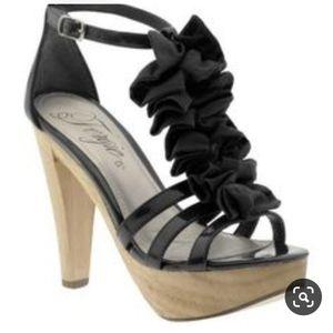 """Fergie Footwear Henney 4.5"""" ruffle t strap heel"""